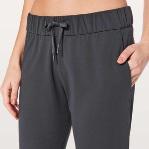 Lululemon On The Fly Pant 27""